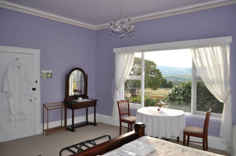Bedroom at Roslyn House B&B in the Derwent Valley