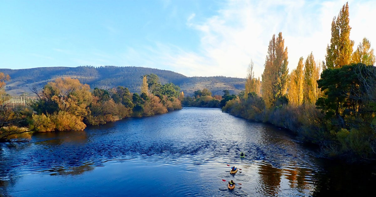 autumn kayaks on derwent river